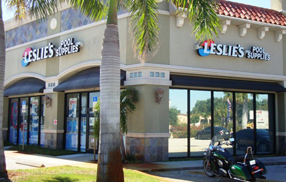 Leslie's Pool Supplies storefront in Florida with mirror reflective privacy film applied by Suntamers