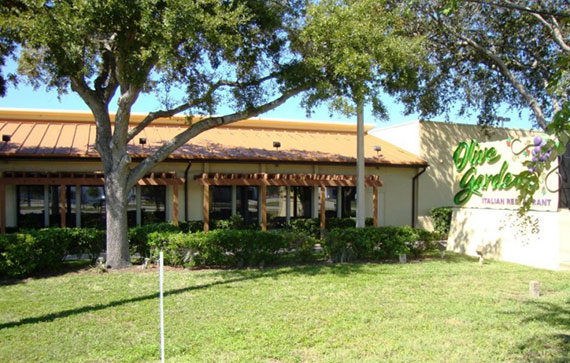 Olive Garden in Southwest Florida with windows tinted by Suntamers Window Tinting