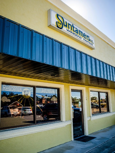 Suntamers' Bonita Springs, Florida office storefront